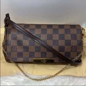Louis Vuitton Bags - ❤️1-day ONLY❤️ Sale Favorite crossbody